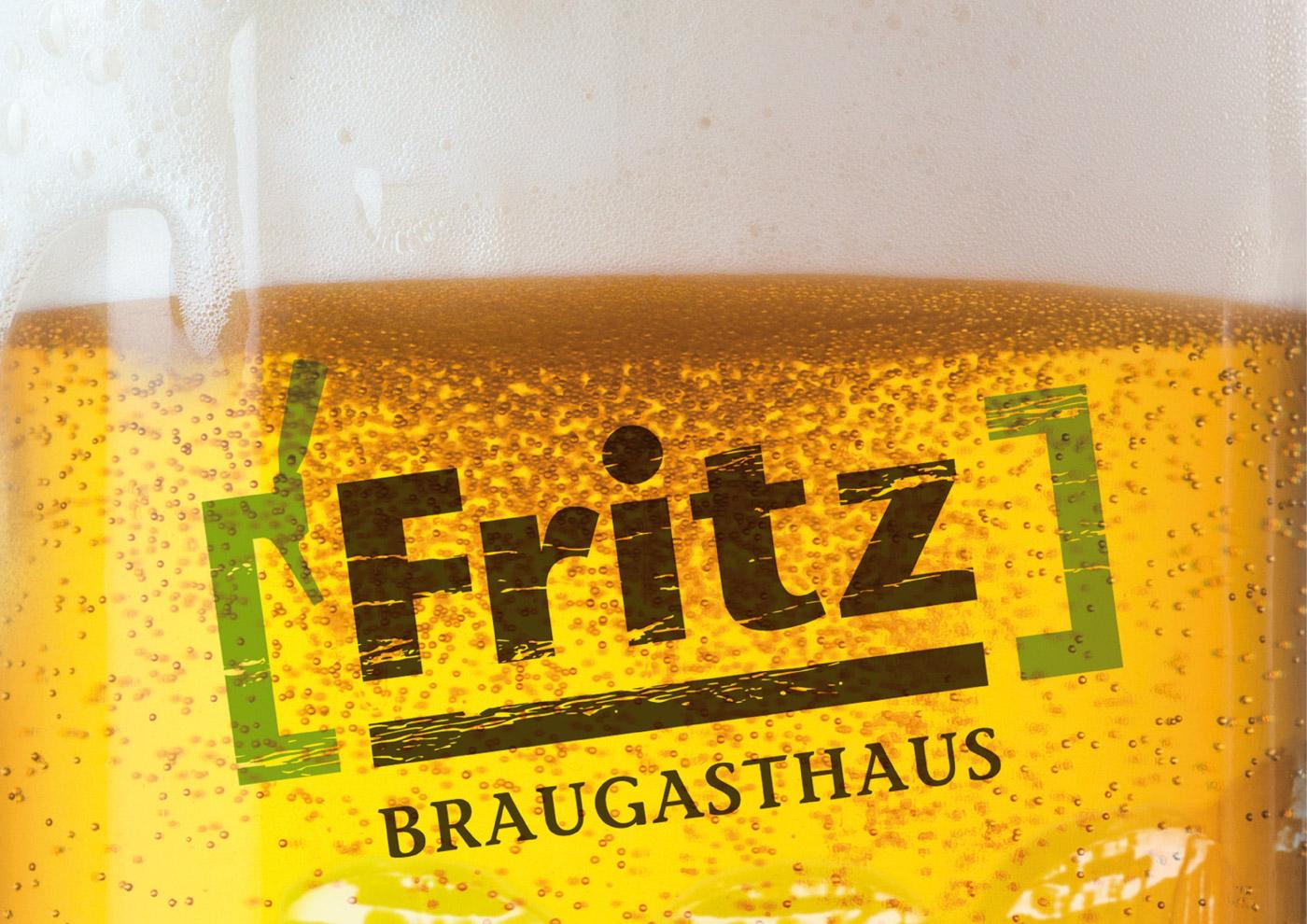 Bierglas im frisch gezapften Design